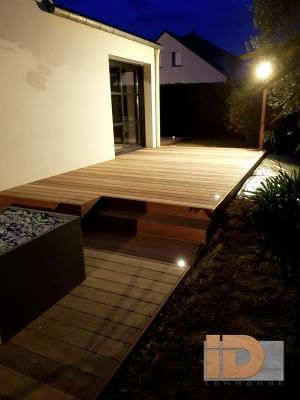 Terrasse Padouk avec éclairage personnalisé