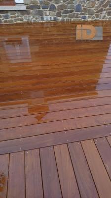 Terrasse Ipé sous la pluie
